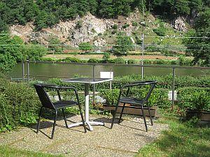 Garten mit Blick auf Neckar